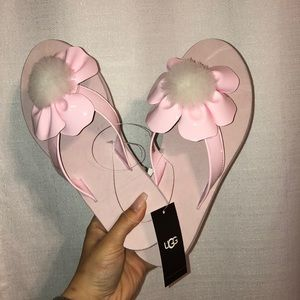 NWT UGG Pink Flower Pom Sandals